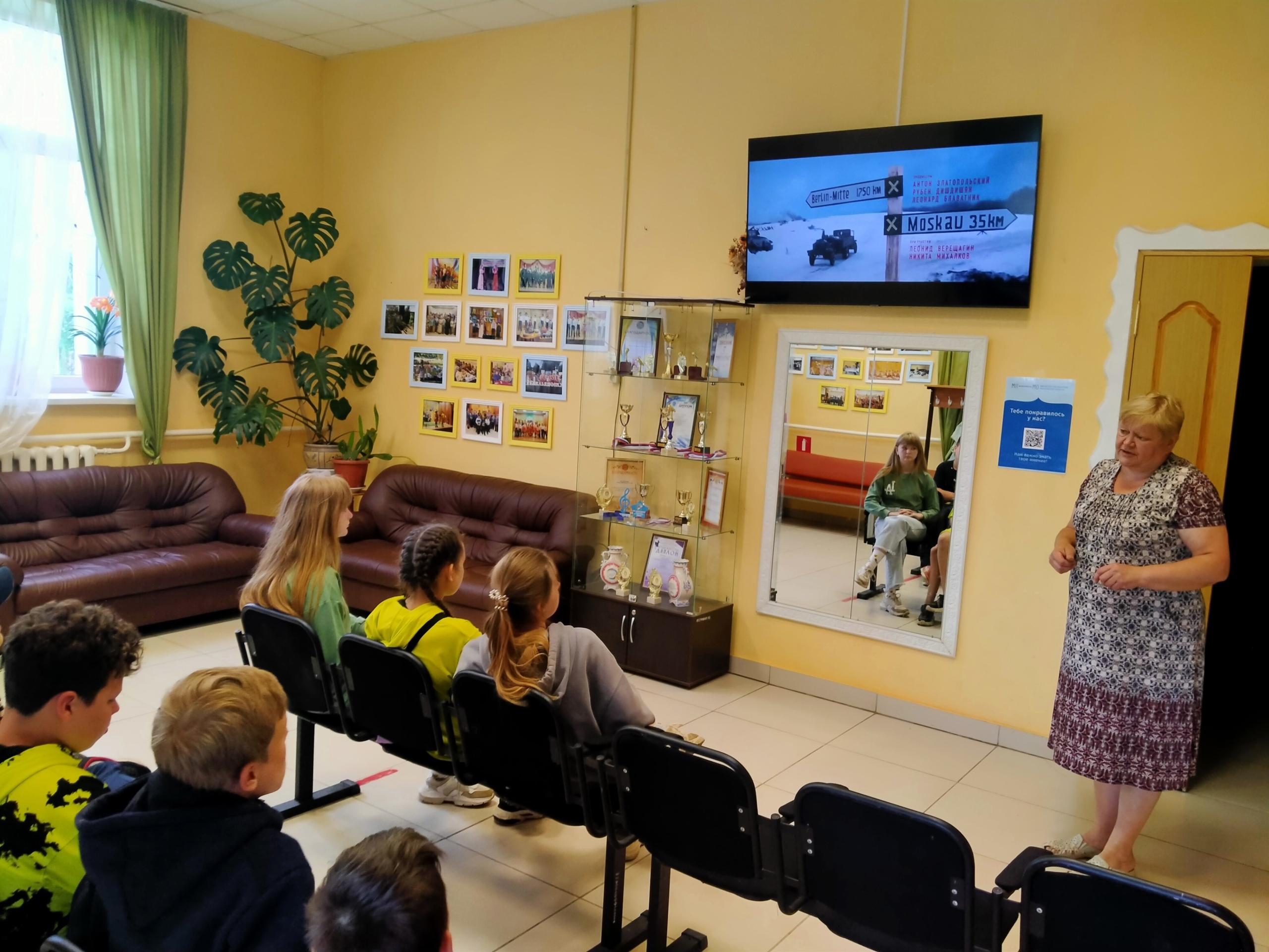 Летний кинозал прошел в Емельяновском сельском Доме культуры