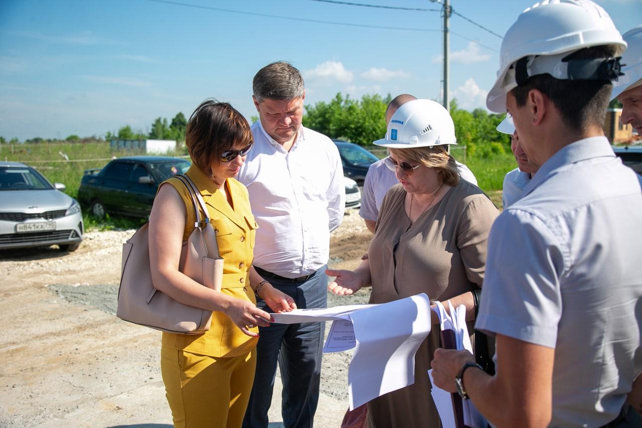 Глава округа провел совещание по строительству новой поликлиники в Подлипках