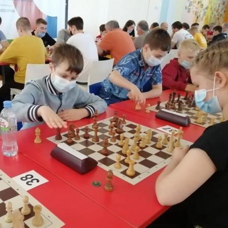 КОЛОМНАСПОРТ - Спорт в Коломне Коломенские и озёрские шахматисты приняли участие в региональном турнире