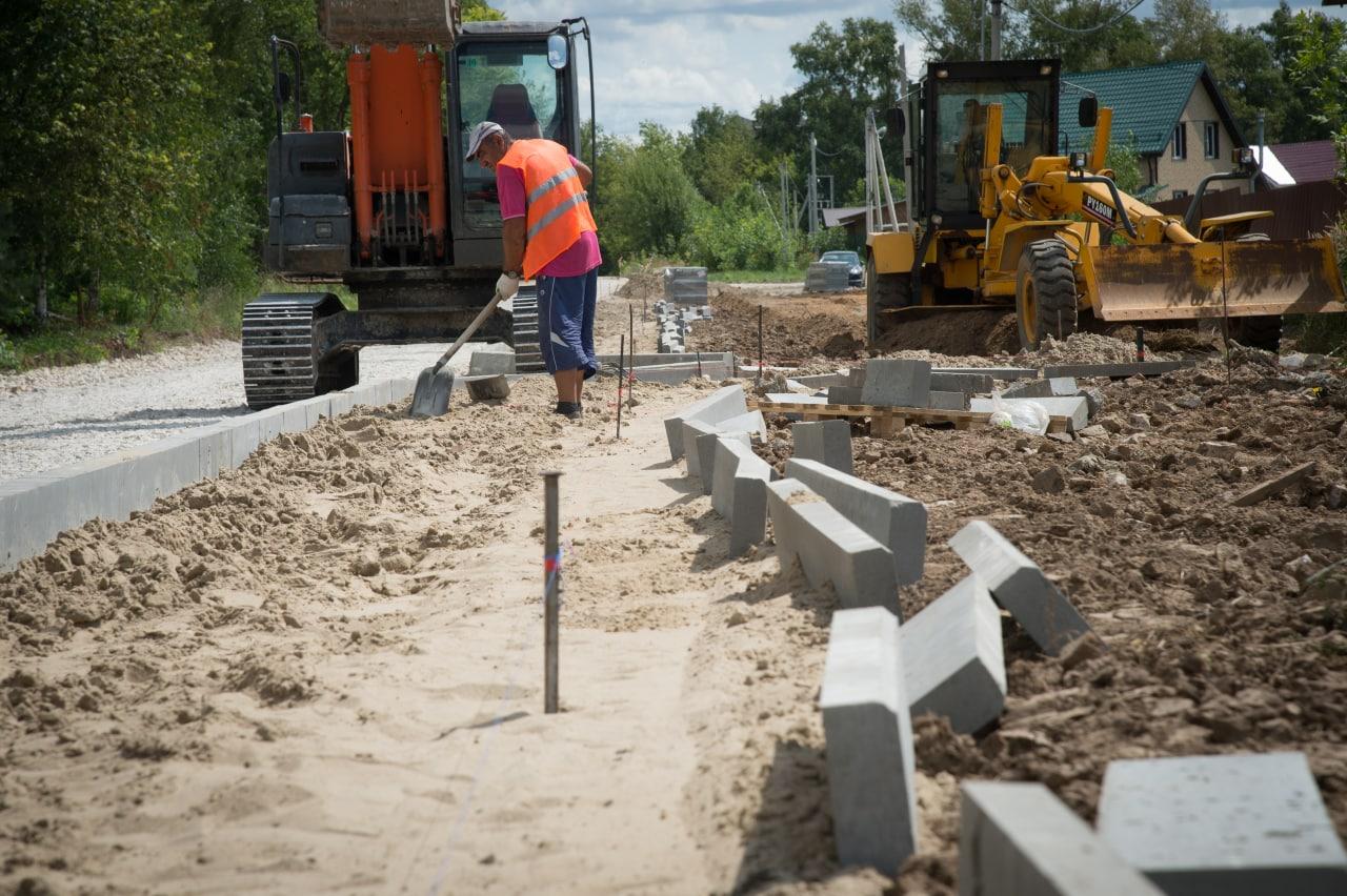 План дорожного ремонта в нашем округе выполнен на треть